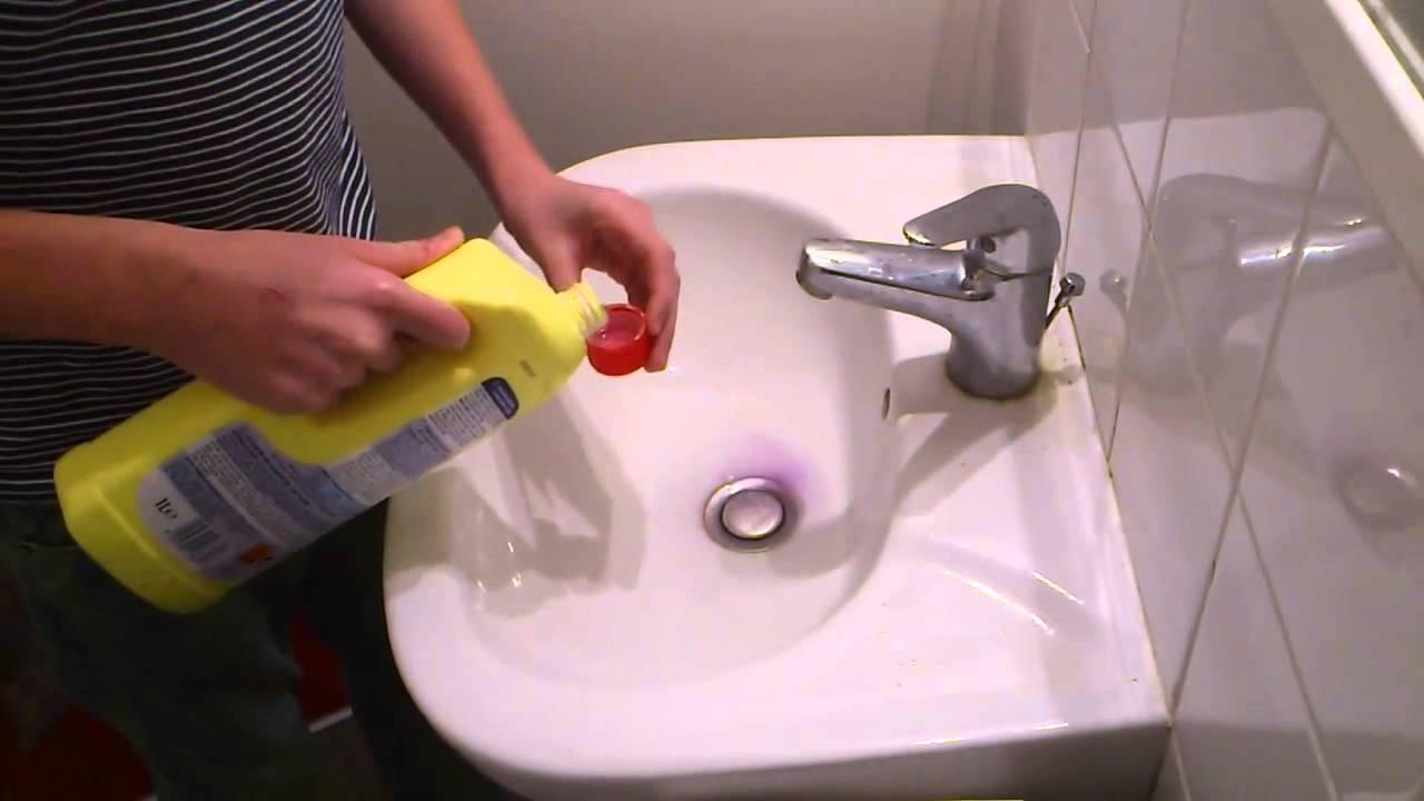 déboucher un lavabo