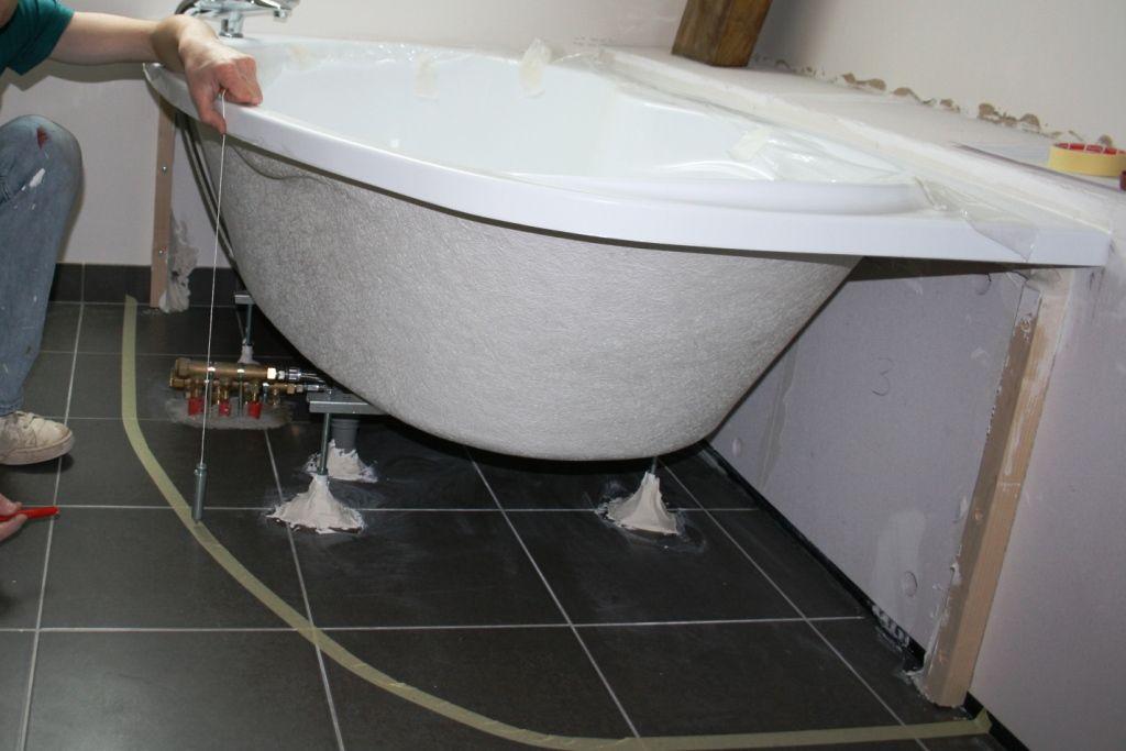 pose d'une baignoire